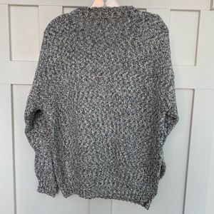 Izod Sweaters - Vintage Izod Black and White Marled Crew Sweater